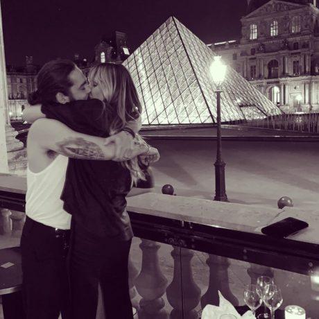 Modelka Heidi Klum se svým manželem, Tomem Kaulitzem, v Paříži
