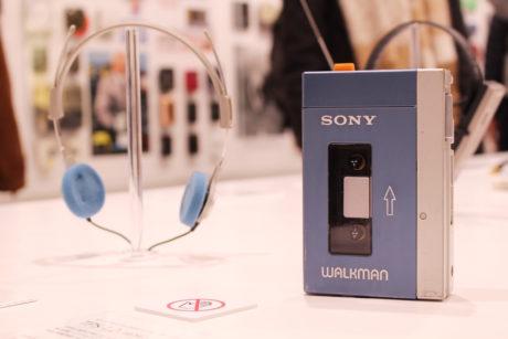 Původní modrý Sony Walkman