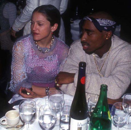 Madonna (vlevo) s Tupacem Shakurem