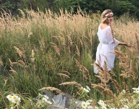 Katka Říhová v novém klipu k písničce Napořád