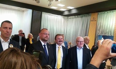Daniel Herman ve volebním štábu KDU-ČSL. FOTO: Lenka Vrzalová, Frekvence 1