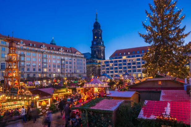 Advent v Drážďanech, shutterstock.com