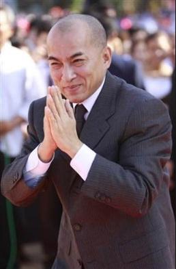 Současný kambodžský král Norodom Sihamoni studoval v Československu.
