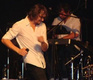 Dan Bárta s klávesistou Filipem Jelínkem