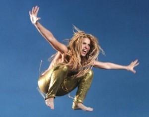 Shakira při natáčení klipu Loca