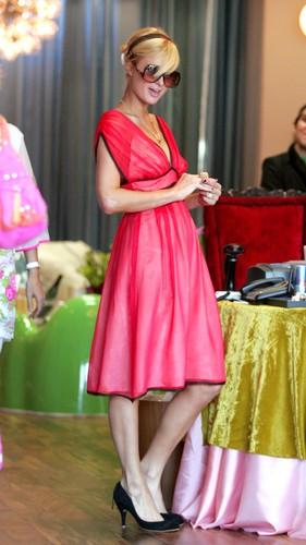 Takhle to vypadá, když Paris Hilton nakupuje