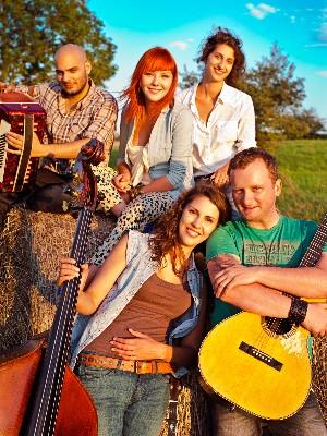 Debbina doprovodná kapela