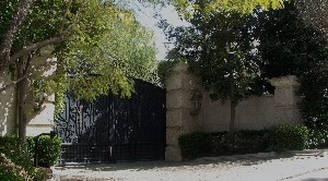 Dům, kde zemřel Michael Jackson. Foto: Matěj Smlsal