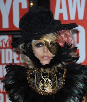 Lady Gaga. Dusí se, nebo ne?